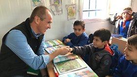 Mit Unicef-Hilfe soll Kindern auch wieder der Schulbesuch ermöglicht werden.