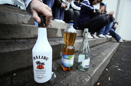 Trinkende Jugendliche. Foto: factum/Granville