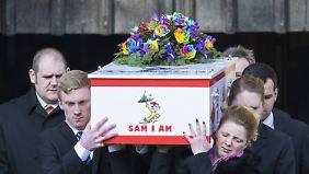 Am 13. Februar wurde Katie beerdigt - das ganze Land nahm Anteil.