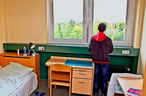 Um minderjährige Flüchtlinge ohne Begleitungkümmert sich das Jugendamt und bringt sie unter. Foto: dpa
