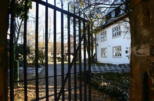 AB dem 1. April soll dieses Tor auf dem Spitalhof spätestens um 20 Uhr geschlossen werden. Foto: Kai Müller