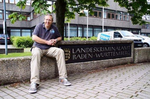 Kriminalhauptkommissar Stefan Middendorf warnt davor, dass Kinder nicht zu früh in soziale Netzwerke eintreten sollten. Foto: Leonie Hemminger