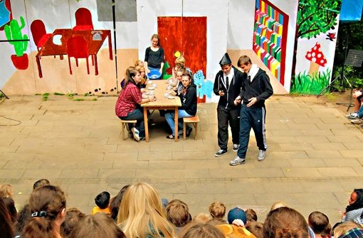 Theaterspielen gehört zum festen Programm fast aller Waldheime. Foto: factum/Weise