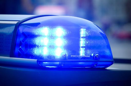 Eine Postausfahrerin wurde von ihrem Transporter eingeklemmt und tödlich verletzt. Foto: dpa (Symbolbild)