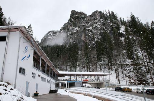 Das Starthaus des Eiskanals am Königssee, wo neben den Bobfahrern auch die Skeletoni und Rodler auf Trainingsfahrten gehen. Foto: Baumann